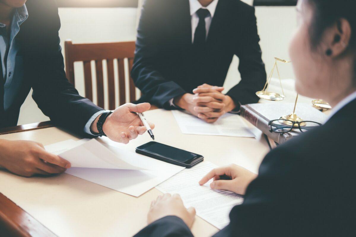Stratégies publicitaires des cabinets d'avocats